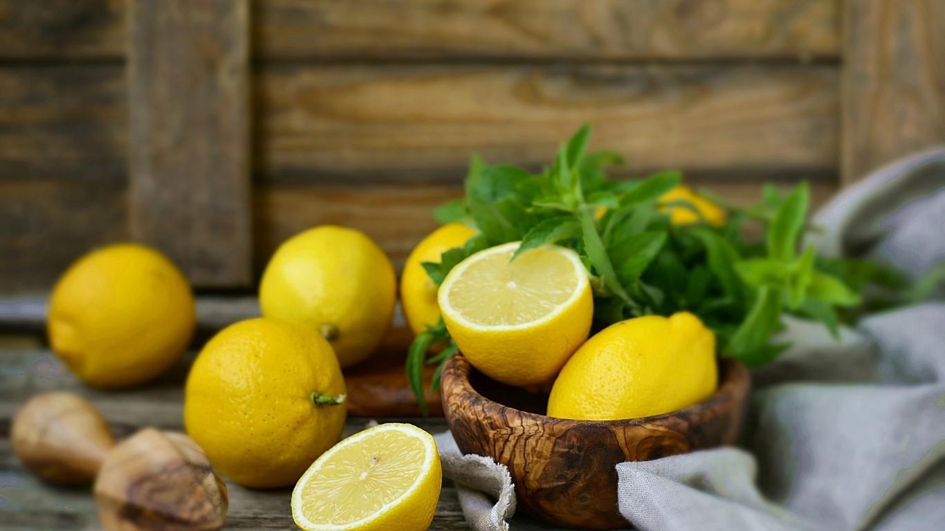 польза и вред лимона